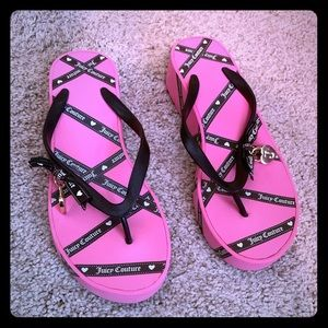 Pink juicy couture flip flops